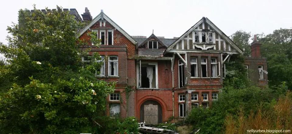 derelict-building